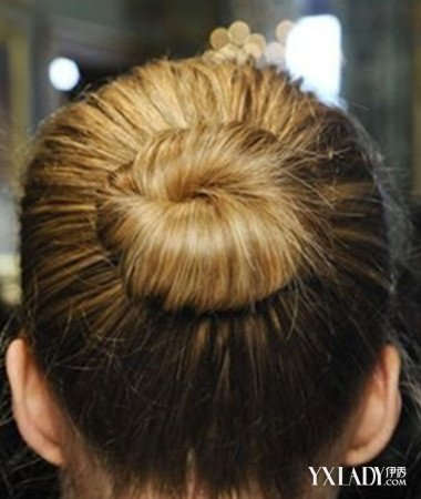 【图】透露挽头发步骤 时尚有个性的教程
