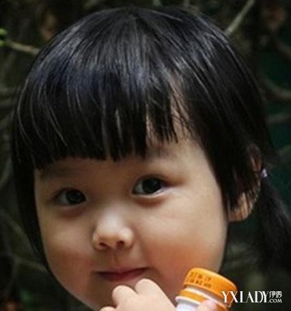 小女孩各种编发发型 扮靓宝宝必