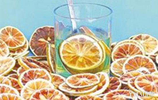 用干柠檬泡水喝的功效 5大功效分享给你