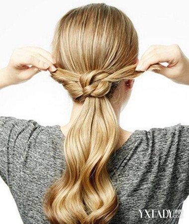 长了一根塑料似的头发【相关词_塑料卷发器怎么卷头发图片