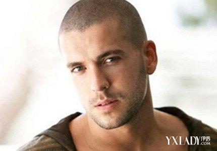 【图】帅哥光头发型展示 尽显成熟男性魅力