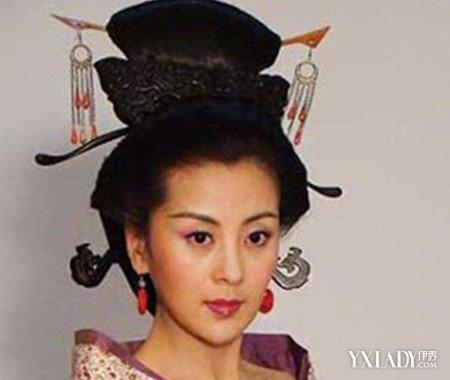 汉朝女子发型梳法效果图(3)图片