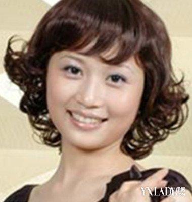 女士短发反翘发型图片大全 让你成为时尚达人图片