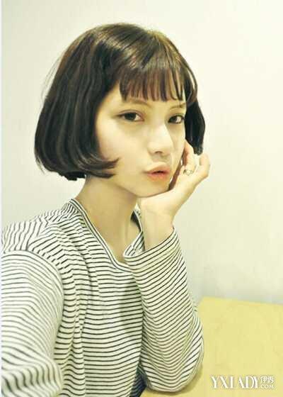 学生短发内扣梨花发型 尽显纯真美丽