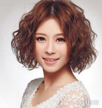 【图】中年发型烫发魔王小卷图片欣赏尽显时短发短发女的动漫图片