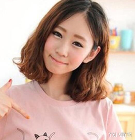 【图】中发烫发小卷发型图片 各种风格尽显女性气质