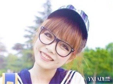 圆脸戴眼镜适合的短发有哪些 4款发型让你完美展现自己图片