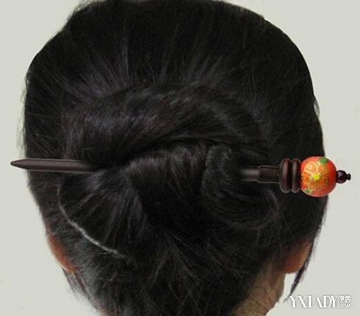 一根簪子盘发粑粑图解分享展示图片