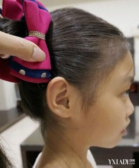【图】小女孩辫子发型扎法 4款发型尽显宝贝甜美可爱