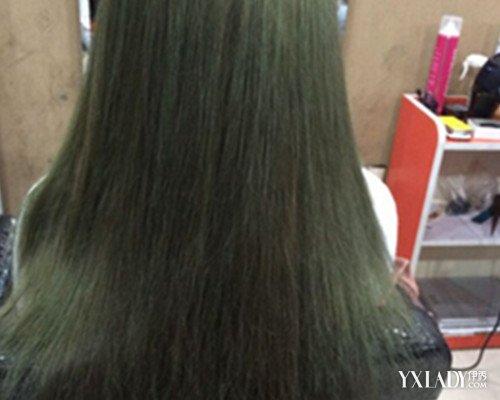 闷青亚麻色头发怎么做 5个步骤教你如何护理染发图片