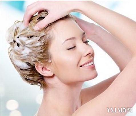 【图】洗头发时掉很多头发怎么回事 4个小妙招