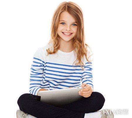 【图】12岁女孩脸上长女生找准7个原因痘痘搂紧男生很图片