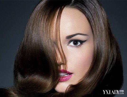 头发起静电的解决方法:原本就含水量低的头发更容易干枯,毛糙,要注意图片