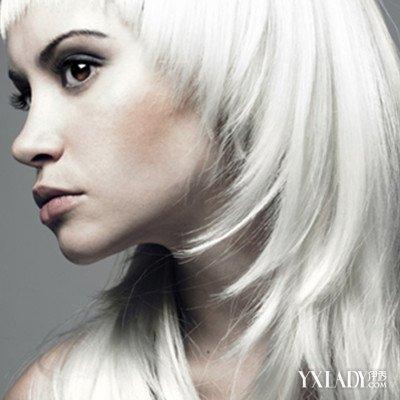 青少年长白头发该怎么办?白发为什么大多长在脑后?图片