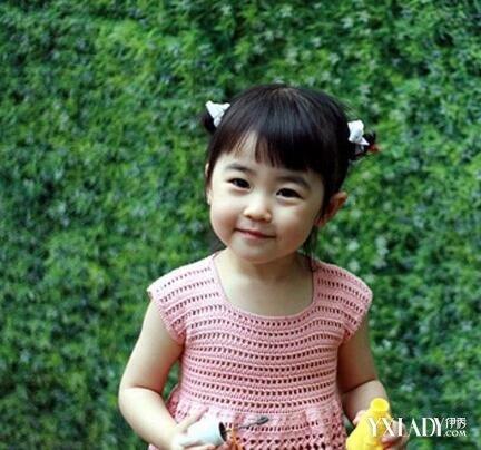 发型设计 儿童发型 >> 小女孩扎发发型 女宝宝短发扎图片