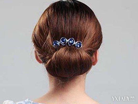 【图】揭中年人盘发端庄发型 几种盘发方法简单易学图片