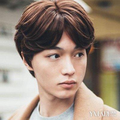 【图】发型中带图片大全v发型让你儒雅中分点扎男生高马尾两个短发图片