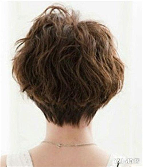 女生短发后脑勺发型好看吗 3种短发发型让你大走时尚路线图片