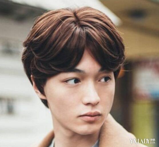 【图】男中分男士扎好看发型时尚海清发发型师中分小磊图片