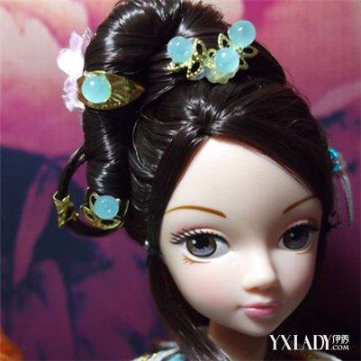 而发型及其装饰则更是其中最为显著,最为重要的部分,因此,及至春秋图片