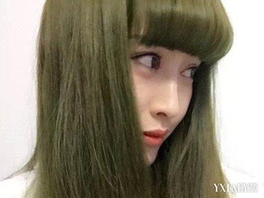 亚麻灰色闷青头发怎么弄好看呢 发型师教你轻松搞定