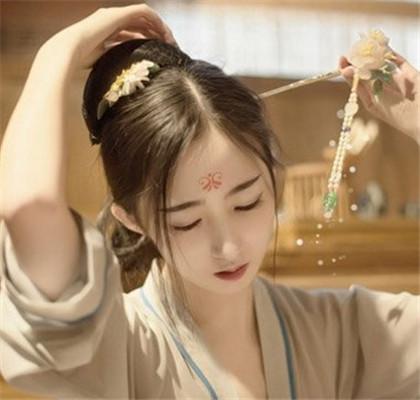 【图】古代发型简单的梳法步骤图解 4种款式助你成穿越古典美人