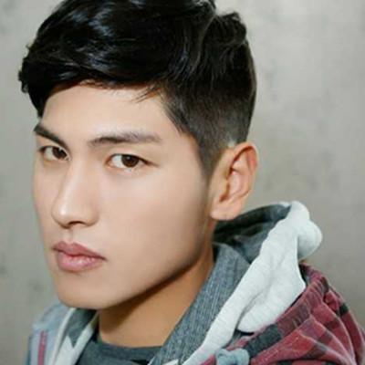 【图】高中男生锥子脸适合什么发型呢 4款帅气短发让你颜值爆表图片