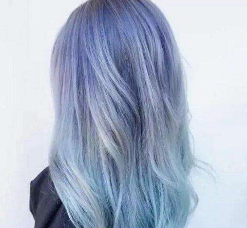 深灰蓝色发型图片 三种灰色系染发时尚刷屏中