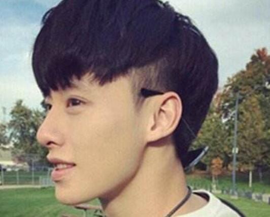 男生后面倒三角发型图片 4款发型让你更帅气