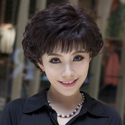 【图】四五十岁的女人适合什么发型呢 4款短发高贵典雅又大方图片