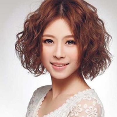 【图】中年短发烫发短还是图片展示尽显a短发妇女脸大内卷发型外卷图片