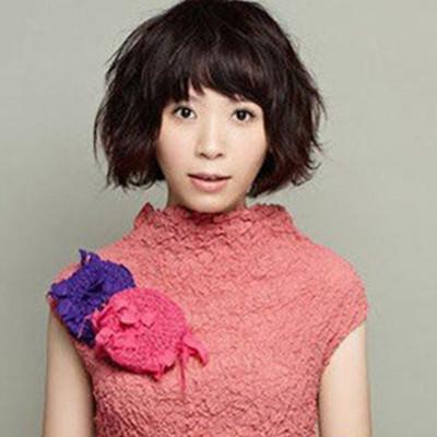 女生蘑菇头齐刘海发型样式介绍 四款发型让你秒变可爱萝莉图片