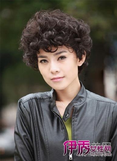 美容 发型 明星发型 / 正文  【导读】新闻女主播一直都是端庄稳重的图片