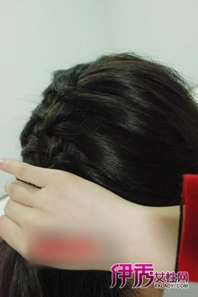 扎发教程图解 教你如何扎头发