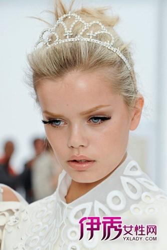 眼线头发巧装扮 打造春夏芭比娃娃