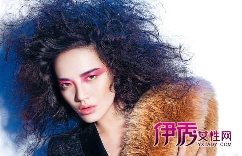 金属感眼妆是很多女明星的最爱