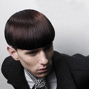 帅气男生锅盖头发型图片-男生锅盖头发型步骤图片