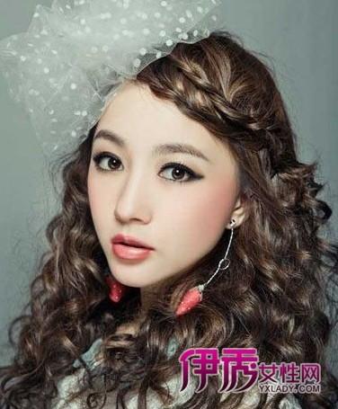 2014年减龄淑女卷发流行发型图片