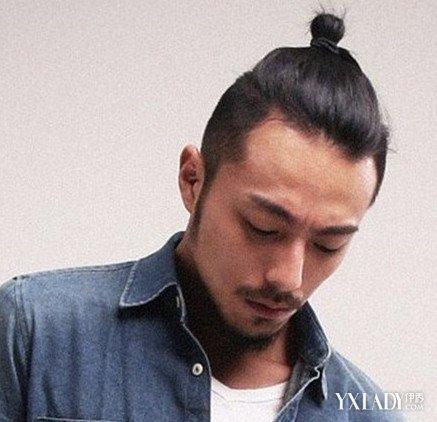 欧美辫子发型男图片展示 帅气发型教你如何成为众人的焦点图片