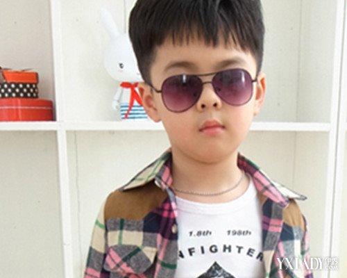 适合小学生男生的刘海发型 时尚帅气点亮九月开学季