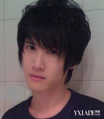男生斜刘海碎发发型图片 打造帅气型男