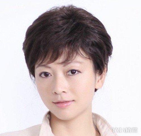 六十岁妇女短发发型图片 让你重回年轻时代