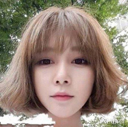 短发齐刘海发型图片