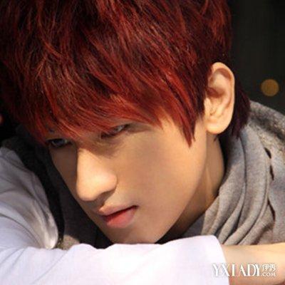发展酒男生头发图片发型红色带你了解其历史与欣赏本命年头发染什么颜色好图片