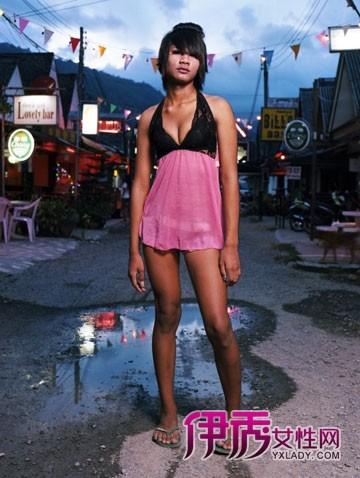 人妖 窘态/泰国盛产人妖,所谓人妖就是变性人,男变女?他们变性是为了...