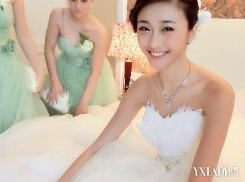 美女白领陈冰被揭是富二代