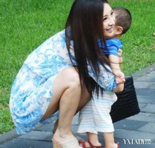 南京47岁美女外婆走红