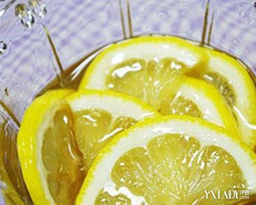 柠檬片泡水减肥法_柠檬片泡水的功效柠檬蜂蜜减肥法
