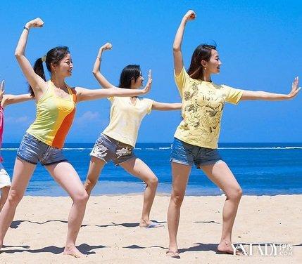 【图】最有效减肥健身舞教你有效瘦身(3商名减肥的微图片