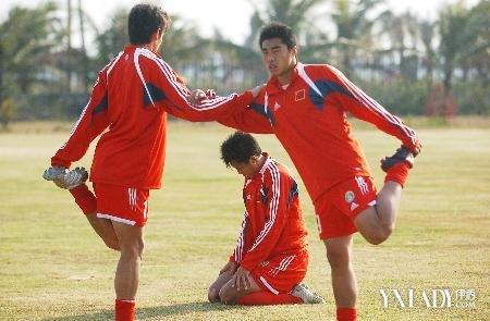 【图】足球训练基础全教程 三步让你轻松驾驭